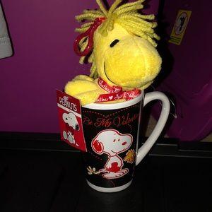 Peanuts Snoopy Woodstock valentine mug plush